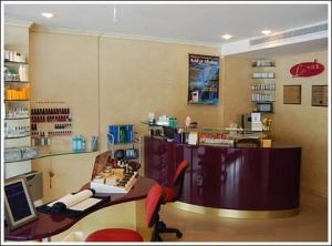Lauras Skin Management Specialists - Cairns Dentist