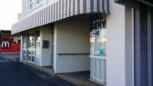 Keightley Michael Dr - Cairns Dentist
